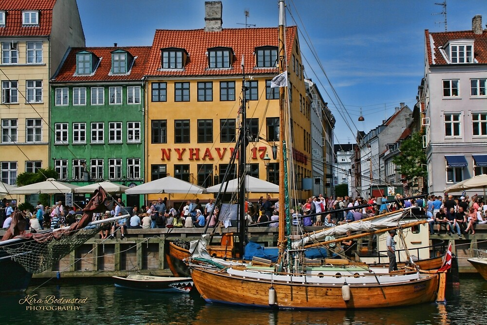 Nyhavn perspective by © Kira Bodensted