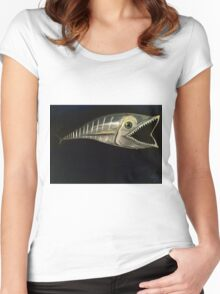 Barracudas Bite Women's Fitted Scoop T-Shirt