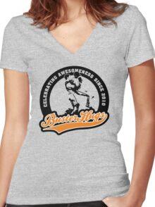 Buster Hugs Women's Fitted V-Neck T-Shirt