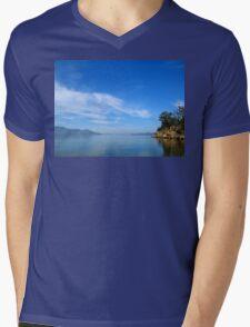 Snug Coast Mens V-Neck T-Shirt