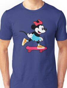 Minnie Mouse Skate Unisex T-Shirt