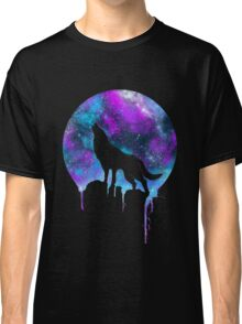 Wolf under the Moonlight  Classic T-Shirt