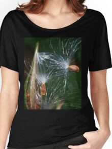 Flying seeds Women's Relaxed Fit T-Shirt