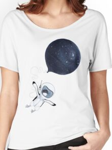 Penguin fly Women's Relaxed Fit T-Shirt
