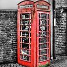 Old Kiosk by Dave Godden