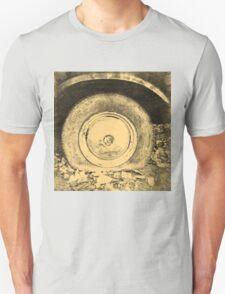 Old Wheel Of Classic Car Unisex T-Shirt