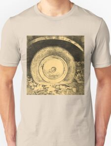 Old Wheel Of Classic Car Unisex T-Shirt