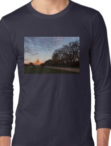 Soft Orange Glow - US Capitol and the National Mall at Sunset Long Sleeve T-Shirt
