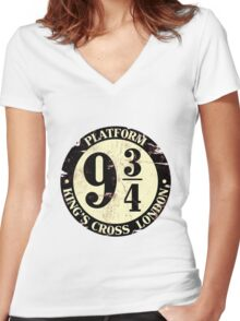harry potter platform 9 3/4 Women's Fitted V-Neck T-Shirt