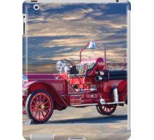 1921 American LaFrance Fire Engine iPad Case/Skin
