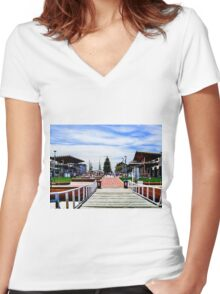 Jetty View Henley Beach Women's Fitted V-Neck T-Shirt