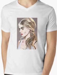 Queen Cara Mens V-Neck T-Shirt