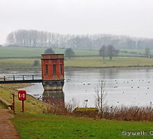 Sywell reservoir in autumn by flashcompact