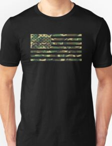 USA Flag - Camouflage - Horizontal Unisex T-Shirt
