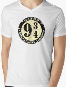 Platform 9 3/4 Mens V-Neck T-Shirt