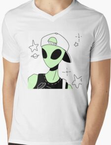 ALIEN 004 Mens V-Neck T-Shirt