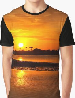 Bright gold sunset Graphic T-Shirt