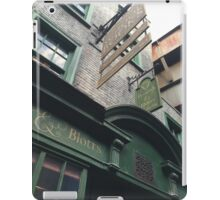 Flourish and Blotts - Harry Potter World Universal Orlando Diagon Alley iPad Case/Skin