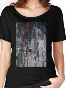 Scratch on the wall Women's Relaxed Fit T-Shirt
