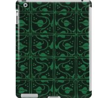 Vintage Leaf and Vines Forest Green and Black iPad Case/Skin