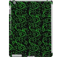 Vintage Swirls Floral Green and Black iPad Case/Skin