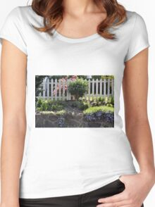 Garden Wall and Fence Women's Fitted Scoop T-Shirt