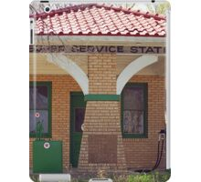 66 Super Gas Station iPad Case/Skin