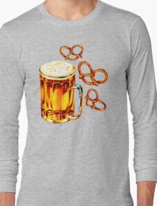 Beer & Pretzel Pattern Long Sleeve T-Shirt
