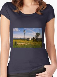 Windmill at night in the countryside  Women's Fitted Scoop T-Shirt