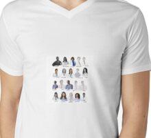 Interns ❤️ Mens V-Neck T-Shirt
