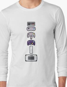 Evolution of Nintendo controllers Long Sleeve T-Shirt