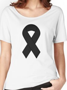 Black Melanoma Ribbon Women's Relaxed Fit T-Shirt