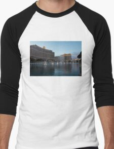 Early Evening Water Dance - Bellagio, Las Vegas Men's Baseball ¾ T-Shirt