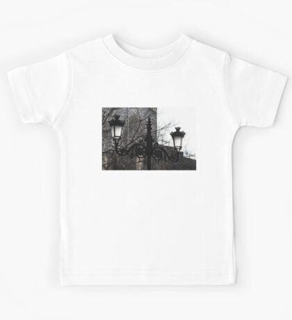 Intricate Ironwork Streetlights - Black and White Retro Chic with Crowns Kids Tee