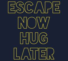 Star Wars: Escape now, hug later Kids Tee