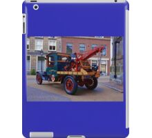 Antique Hardworking  Ford Tow Truck iPad Case/Skin