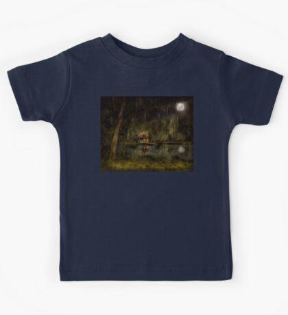 Cabin - De Land, FL - Restless night 1904 Kids Tee
