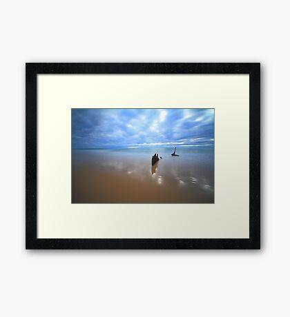 SS Dicky Shipwreck - Dicky Beach, Qld Framed Print