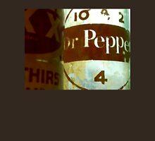 VINTAGE DR. PEPPER Unisex T-Shirt