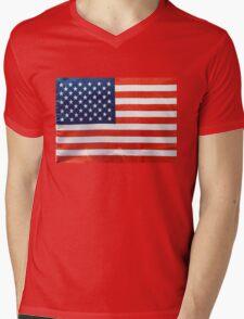 American RED WHITE & BLUE Mens V-Neck T-Shirt