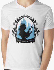 Beautiful  princess silhouette with singing bird Mens V-Neck T-Shirt