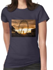 Framing a London Sunset Womens Fitted T-Shirt