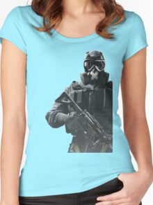 Rainbow Six Siege *Mute* Women's Fitted Scoop T-Shirt
