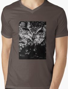 Owl drawing photorealistic Mens V-Neck T-Shirt