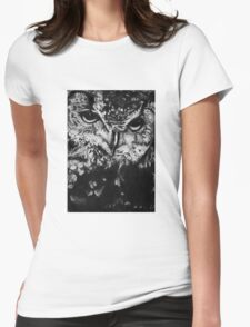 Owl drawing photorealistic Womens Fitted T-Shirt