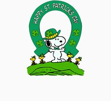 Snoopy - st patrick's day Unisex T-Shirt