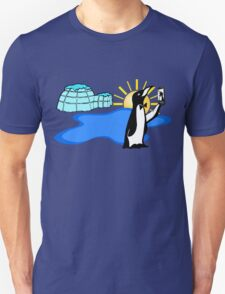 Cool Penguin Selfie in Alaska T-Shirt