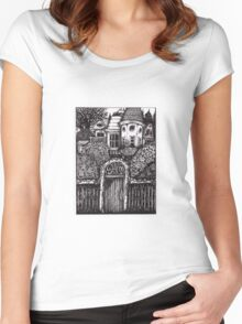 The Hidden House Women's Fitted Scoop T-Shirt