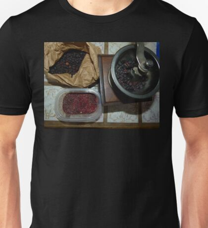 Moss Craberry Tea in The Making Unisex T-Shirt