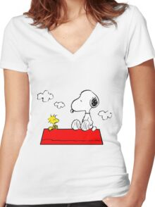 Snoopy & Woodstock Women's Fitted V-Neck T-Shirt